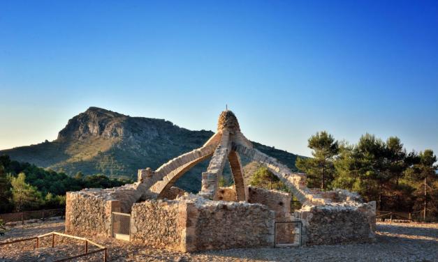 'Senderisme entre muntanyes' torna al Comtat amb rutes per Agres i Muro