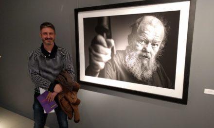 El fotógrafo Toni Miranda, ganador de la VI Bienal ArtNostre